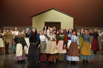 Tradition, Fiddler on the Roof 2016